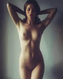 Jasmine Mai #Selfies