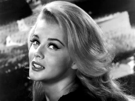 50 most beautiful women in hollywood history 55 stunningly beautiful actresses from the 50 s 60 s and