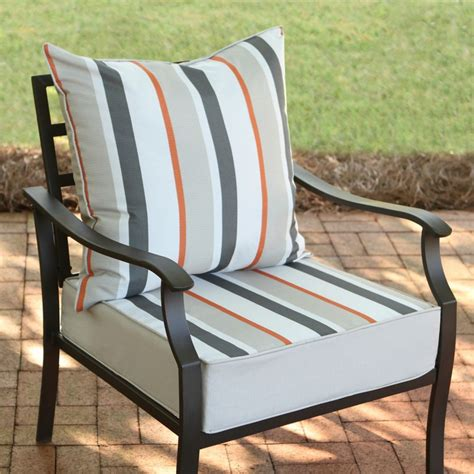 22 Inch Outdoor Chair Cushions by Outdoor Cushions Pillows The Home Depot Canada