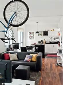bachelor pad ideas for small spaces un petit appartement bien agenc 233 sonia saelens d 233 co