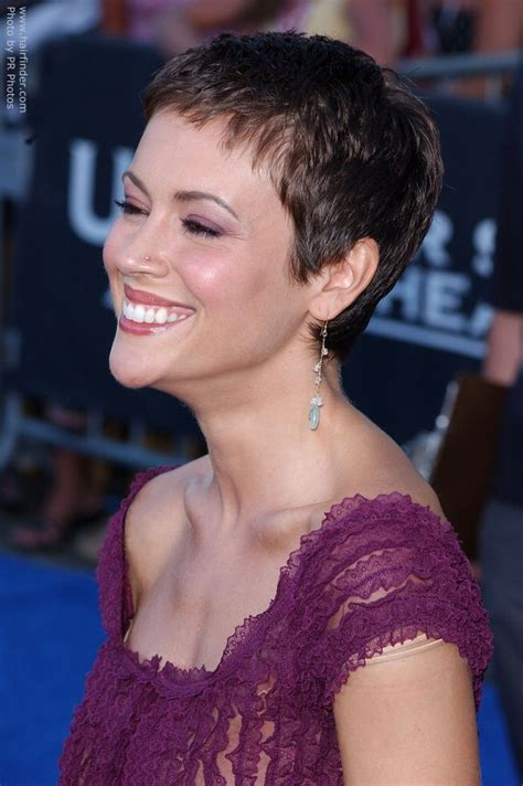 Alyssa Milano's Pixie   Very short haircut to keep the