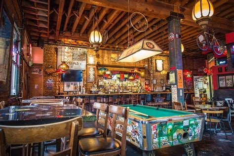 top dive bars best dive bars in dallas kanigas