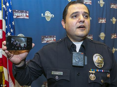 l a cops to wear to help hold officers accountable