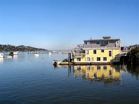 house boats file sausalito houseboats jpg wikipedia