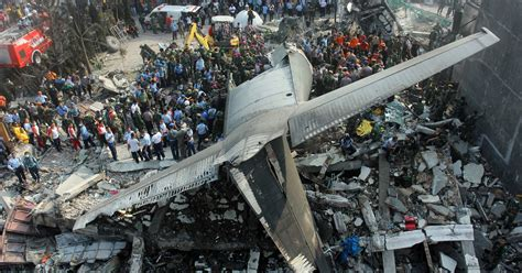 Airplane Crash Today Pictures