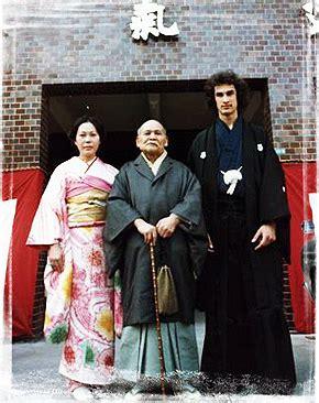 Miyako Fujitani, Morihei Ueshiba e Steven Seagal O Sensei Morihei Ueshiba