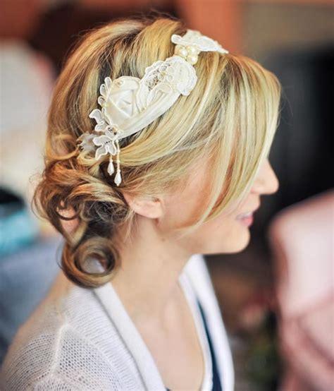 10 Gaya Sanggul untuk Rambut Pendek