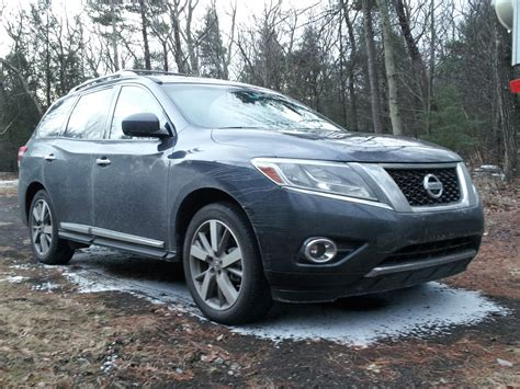 nissan pathfinder hybrid 2014 nissan pathfinder hybrid gas mileage test disappointing