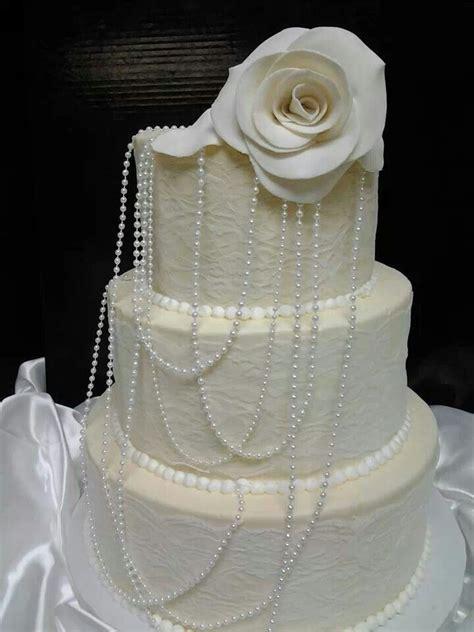 Lace and pearls wedding cake Melissa McBride wedding cake