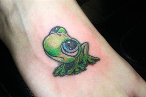 cute small frog tattoos best 25 frog tattoos ideas on frog