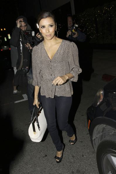 eva longoria looks expectant in blouse as she attends political eva longoria print blouse eva longoria looks stylebistro