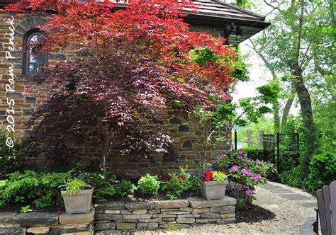 japanese garden walls japanese garden retaining wall www imgkid the