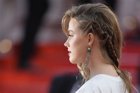 film one day two nights amber heard at two days one night premiere at cannes film