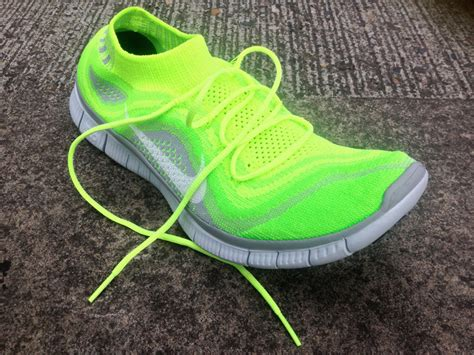 running shoes like socks behold the future nike free flyknit running shoes