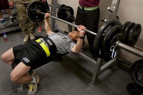 strongest man bench press dvids news strongest man woman on c sabalu harrison