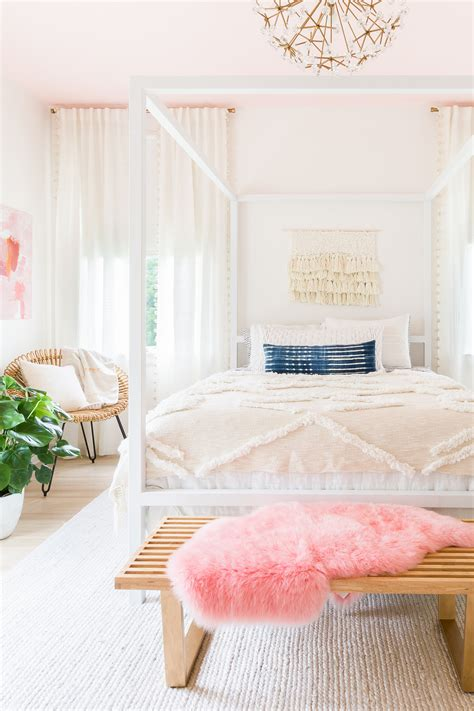 beautiful bedrooms on a budget 100 decorating bedrooms on a budget livelovediy