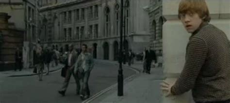 harry potter tour london mini coach tour brit movie tours harry potter tour of london