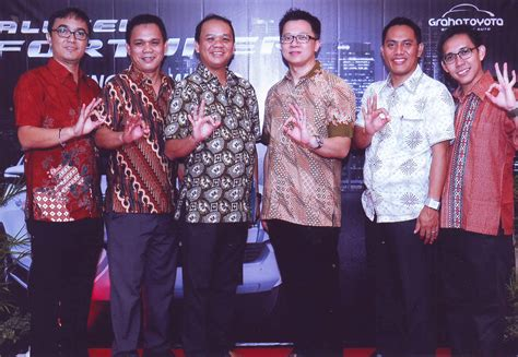 Sale All New Innova Non Bagasi Bahan 2 Warna launching all new fortuner sang market leader