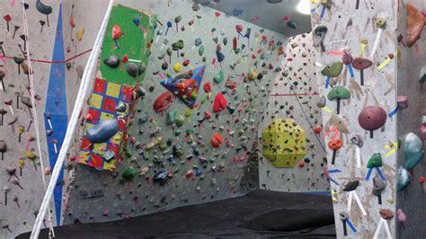 hoosier heights indianapolis bloomington indianas hoosier heights indoor rock climbing winter indoor fun