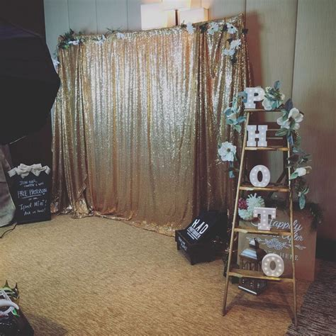 Best 20  Sequin backdrop ideas on Pinterest   Pipe and