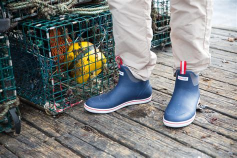 Deck Boots Fishing by Best Fishing Deck Boots Reviewed In 2018 Fishing