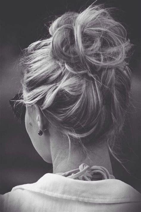 easy hairstyles messy bun 20 gorgeous messy wedding updos pretty designs