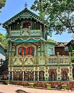Queen Anne Victorian Homes a gingerbread cottage in historic mount tabor hooked on
