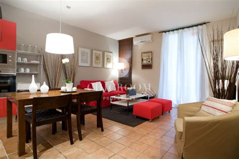 barcelona flats for sale flat for sale with tourist licence in the gothico
