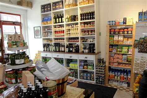the italian pantry grocery store in ndg roasted