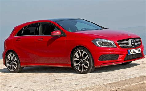 cars mercedes red mercedes benz a class hatch in red photo 9