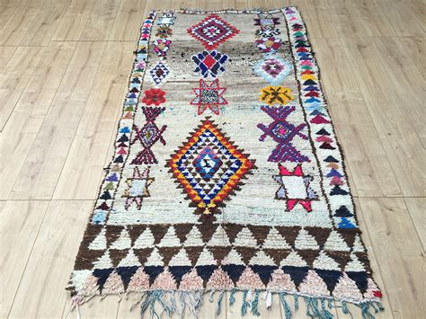 tapis rug east unique vintage moroccan rug tapis berbere azilal 208x111cm a 050