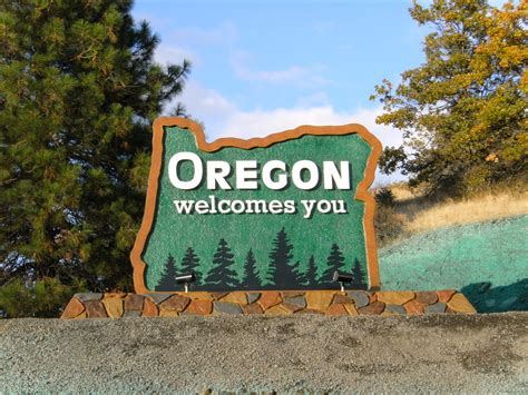 Or For Oregon S Newest Welcome Sign The New Welcome Sign In South Flickr Photo