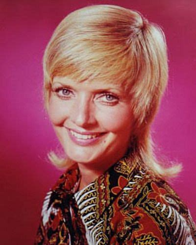 florence henderson new haircut 1970s beehive hairstyle florence henderson got crabs