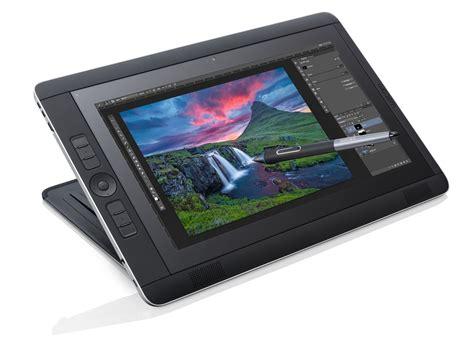 Cintiq Giveaway - review of the wacom cintiq companion 2