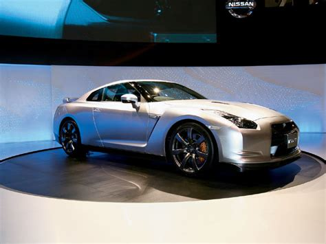 tokyo auto show nissan tokyo auto show japanese factory tuners attack