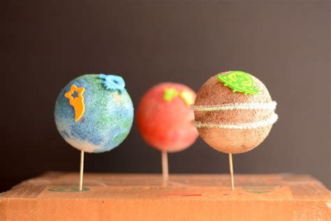 planet crafts for easy preschool planet craft family crafts