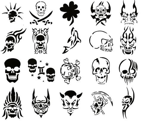 little skull tattoo designs small black skull designs