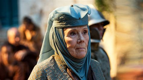 Notes Of Thrones House Of Tyrell of thrones season 6 a glimpse of highgarden soon