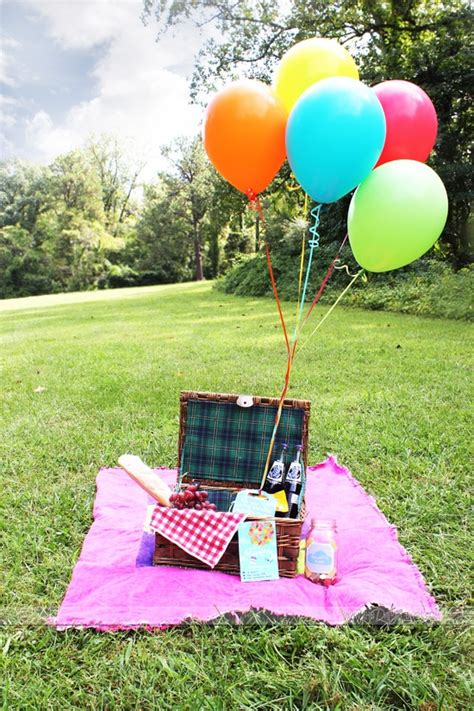 Picnic Date by Up Date