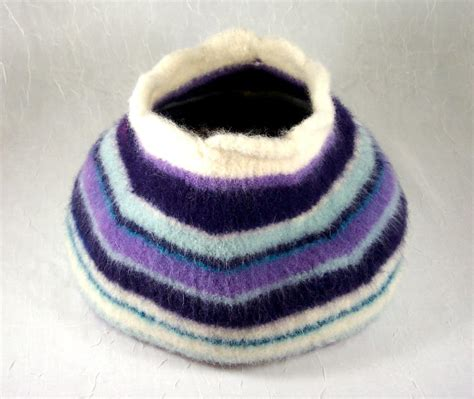 knitting pattern cat cave the cutest pet knitting patterns on craftsy