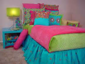 Girl pick the bright colorful bedding design for your bedroom bedding