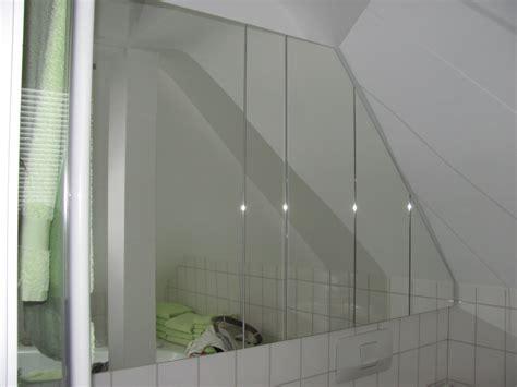 spiegelschrank dachschräge spiegelschrank im bad schreinerei bund