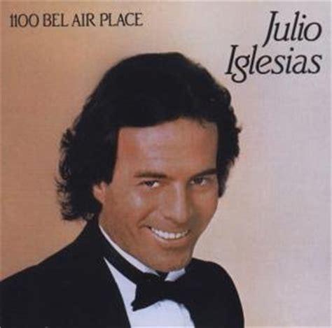 Julio Iglesias Lyrics - LyricsPond Julio Iglesias Lyrics