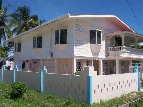 looking for a house house looking from the sw house for sale in guyana