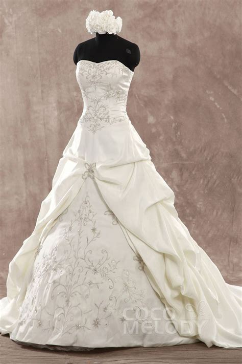 Corsets For Wedding Dresses – Corset Wedding Dress Styles   Sang Maestro