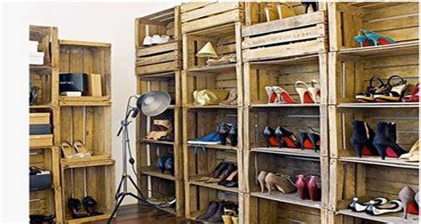 Merveilleux Fabriquer Meuble A Chaussure #6: Dressing-chaussures-avec-casiers-rangement-caisses-en-bois-recup.jpg