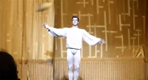 the fan ny radio roberto bolle standing ovation a ny fan troppo