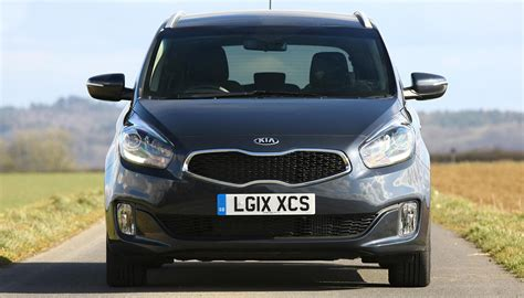 kia carens review daily car
