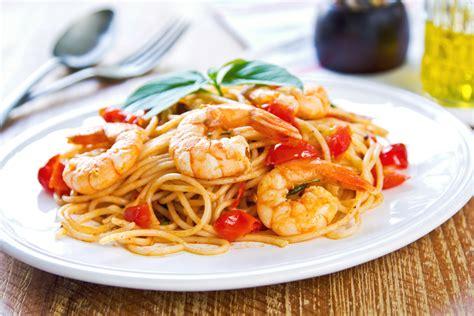 come cucinare gamberoni surgelati spaghetti con cozze e gamberi