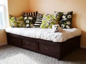 Daybed Designs Pictures Furniture Diy Daybed Ideas For Modern Home Decoration